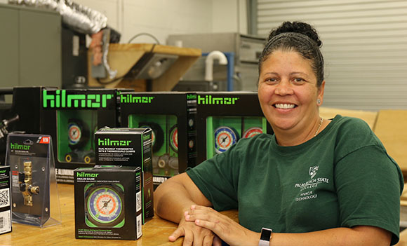 "PBSC HVAC/R student Alexis Rodriguez, winner of 2018 Hilmor ""Retool Your Future"" scholarship"